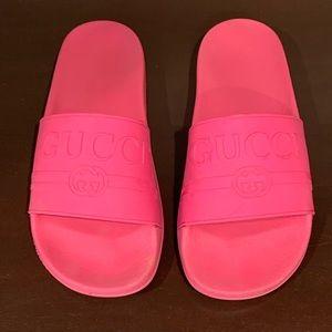 Gucci Pursuit 72 Rubber Slides Pink Size 10B/40EU